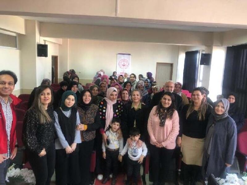 Güçlü kadın, güçlü aile, güçlü toplum semineri