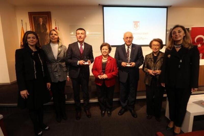 Başkan Yaşar'a 'Gönül' ödülü