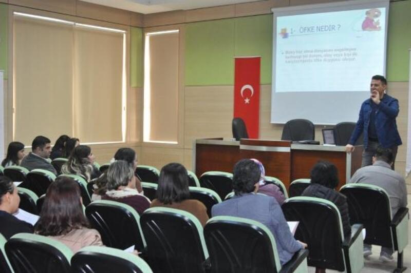 Tarsus Belediyesi, personellerine yönelik eğitim programlarına devam ediyor
