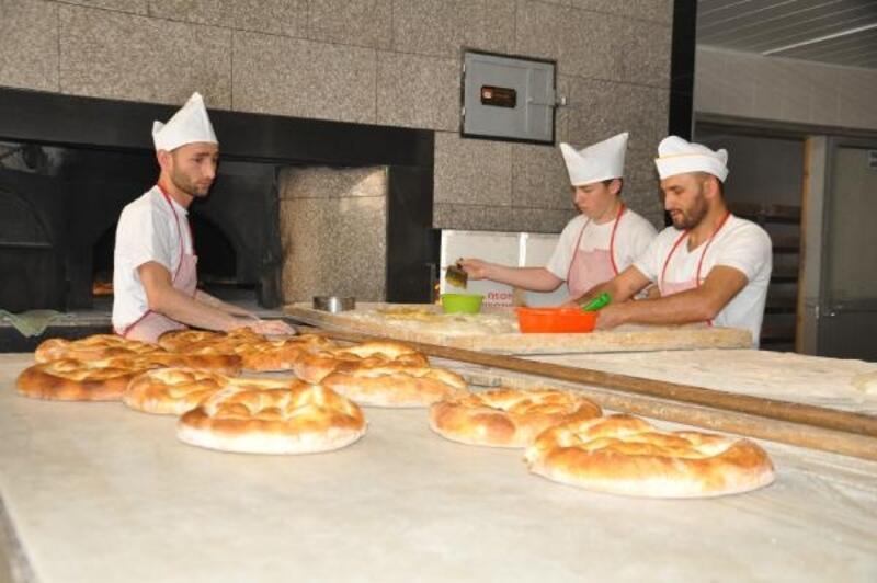 Fırıncılar arasındaki rekabet ekmek fiyatını düşürdü
