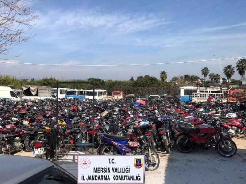 Yediemin deposundaki motosikletleri satmışlar
