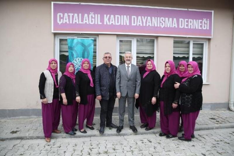 Nilüfer Belediye Başkanı Erdem, kadınların dayanışmasına ortak oldu