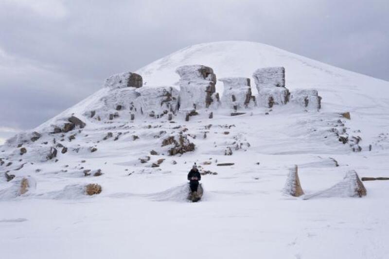 Kar altındaki Nemrut Dağı'nı fotoğrafladılar