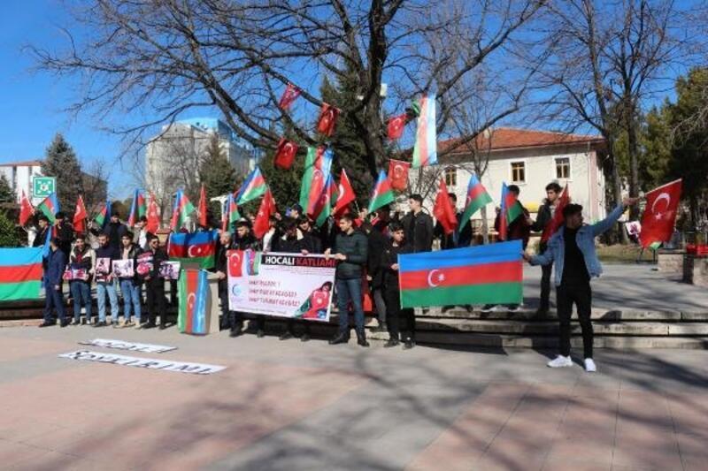 Çankırı'da Azeri öğrenciler, Hocalı katliamını protesto etti