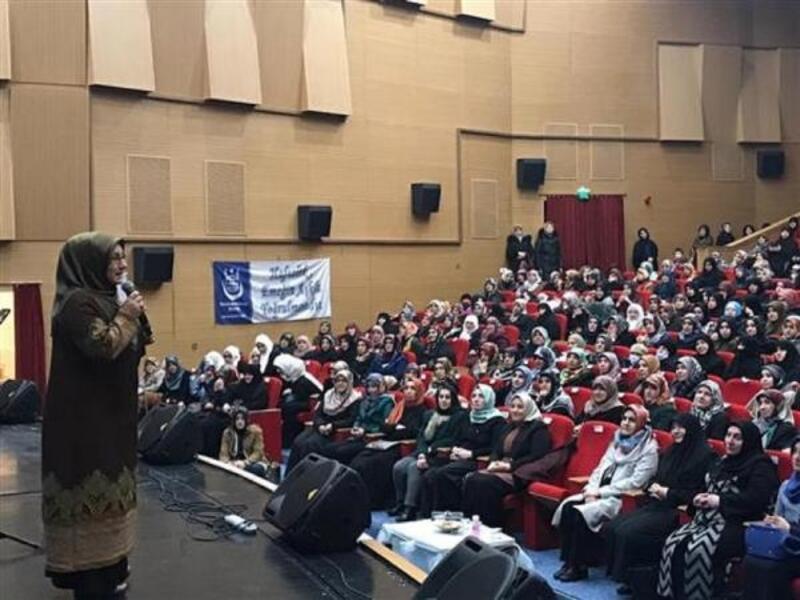 Sivas'ta 'hafızlık bir sevdadır' konferansı