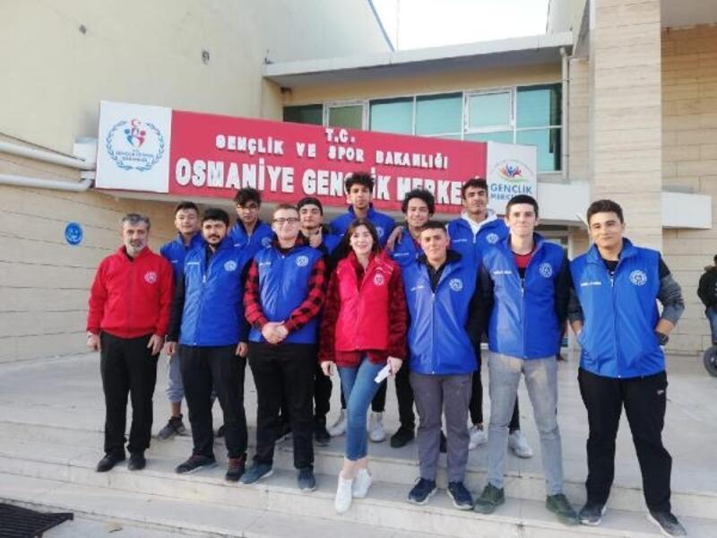 Osmaniye'de gençler, iyilikte yarıştı