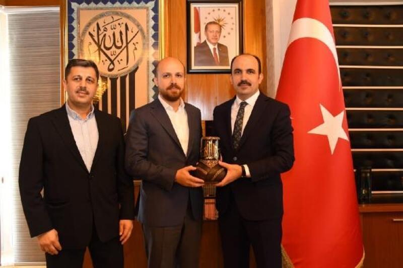 Bilal Erdoğan, Konya Büyükşehir Belediye Başkanını ziyaret etti