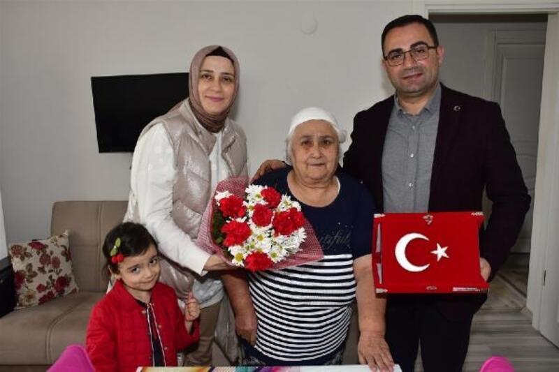 Başkan Erdoğan'dan şehit annelerine ziyaret