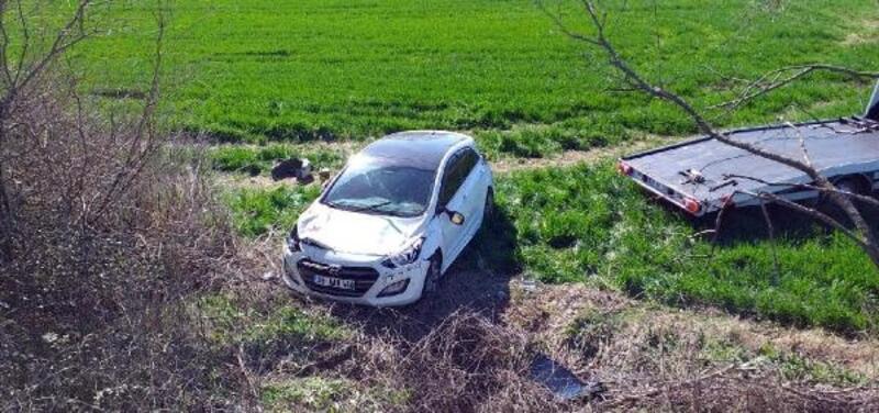 Malkara'da takla atan otomobilde 3 kişi yaralandı