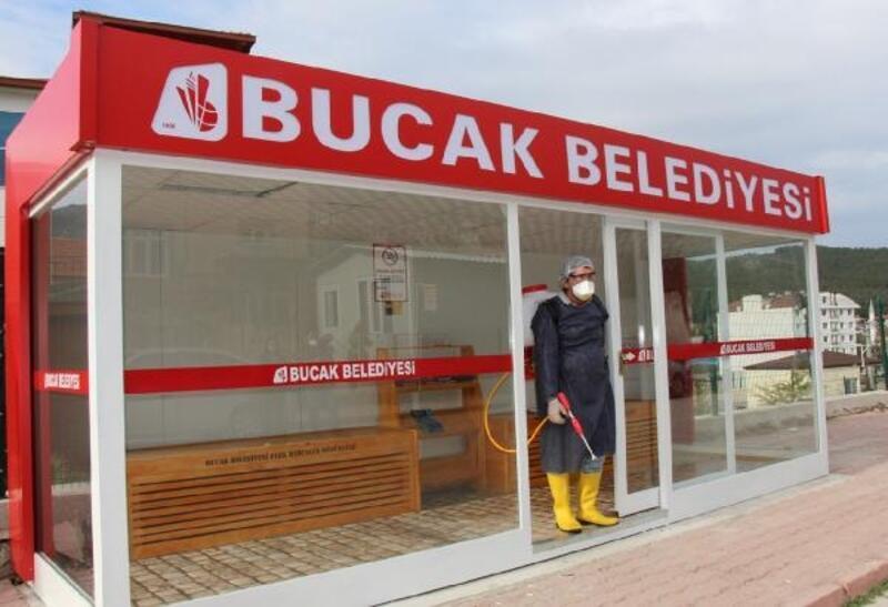 Bucak'ta koronavirüse karşı ilaçlama