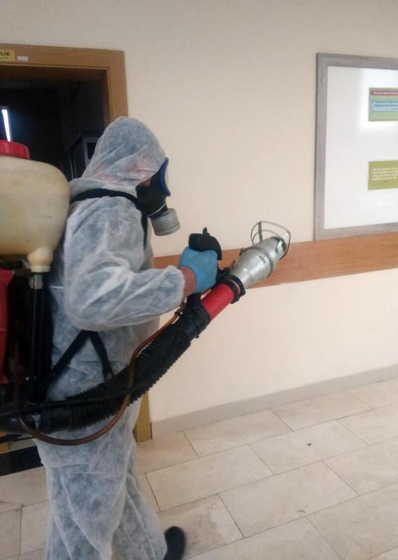 Döşemealtı'nda okullara dezenfekte