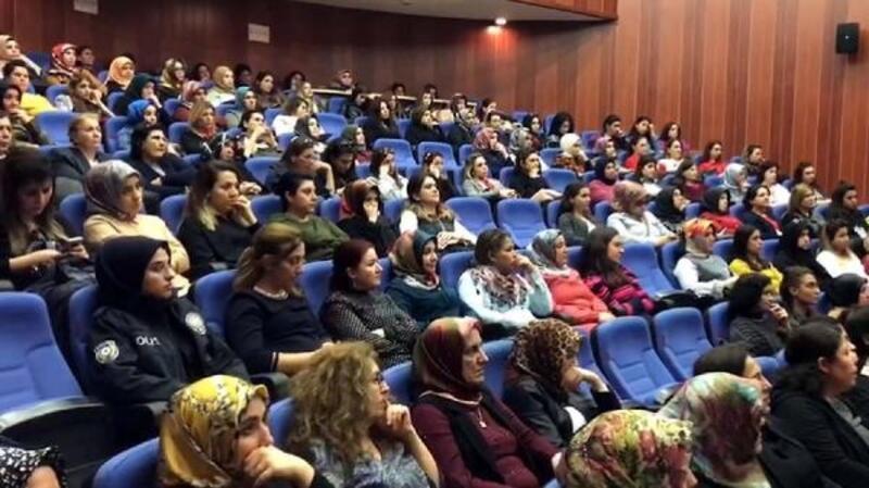 Uyuşturucu ile mücadelede kadının yeri konferansı