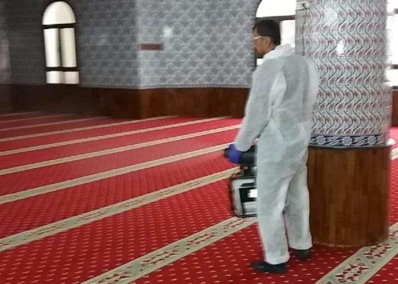 Cuma namazı öncesi camiler dezenfekte edildi