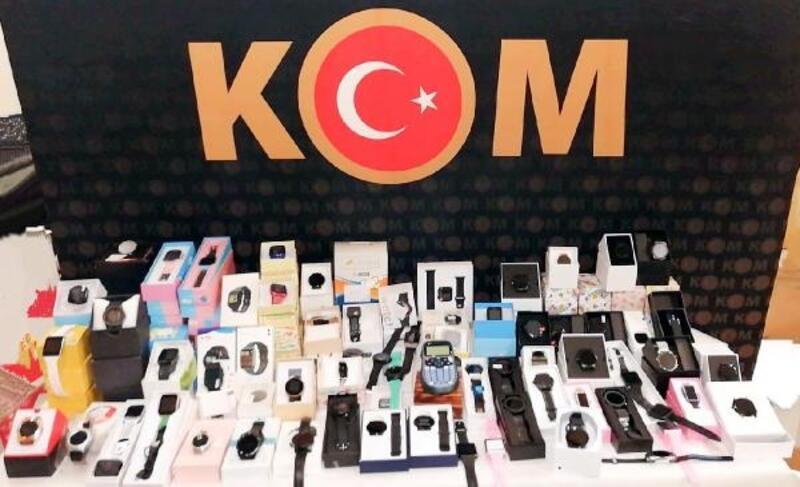 Eskişehir'de kaçak saat operasyonu