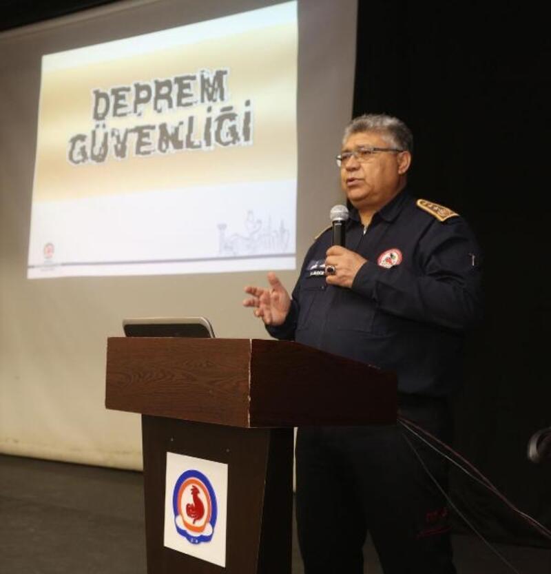 Denizli Büyükşehir'de personele deprem eğitimi