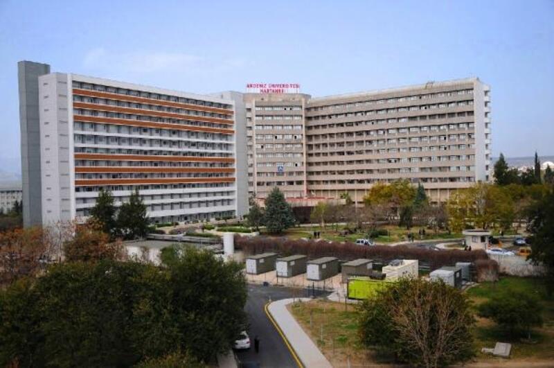 Hastanede tek ziyaretçiye izin