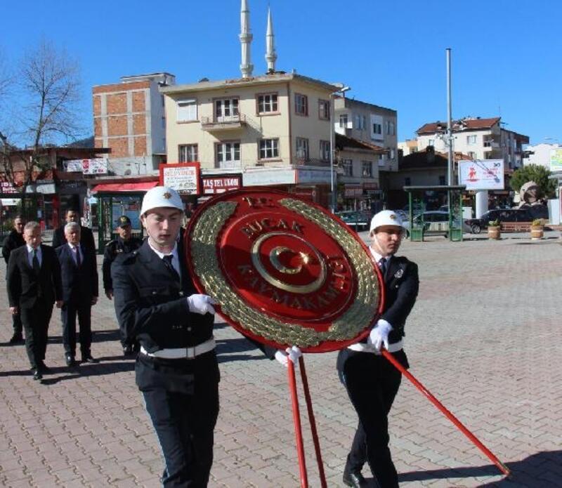Bucak'ta 18 Mart töreni