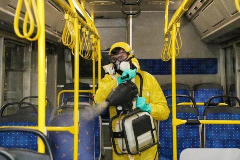 Özel halk otobüslerine ücretsiz dezenfekte işlemi