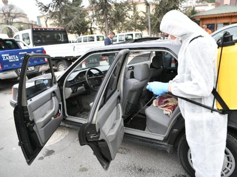 Günde bin 700 araç dezenfekte ediliyor