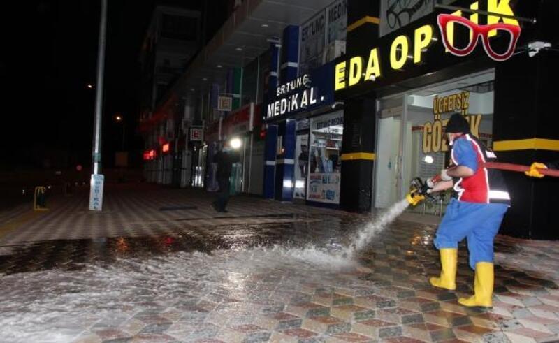 Bucak'ta dezenfekte çalışmaları sürüyor