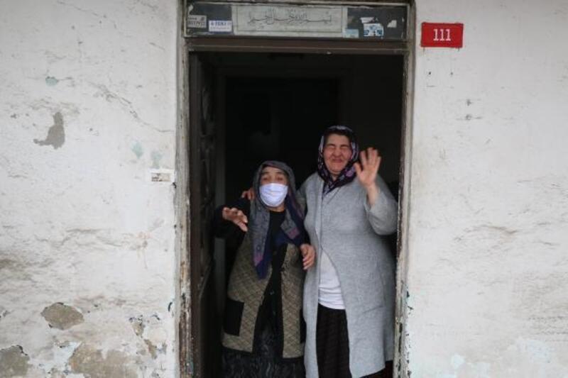 'Vefa İletişim Merkezi'yle vatandaşlara yardım götürülüyor