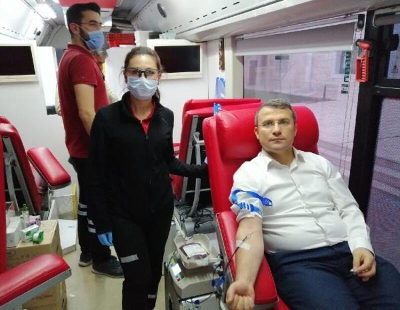 Kaymakam Çimşit, kan bağışında bulundu