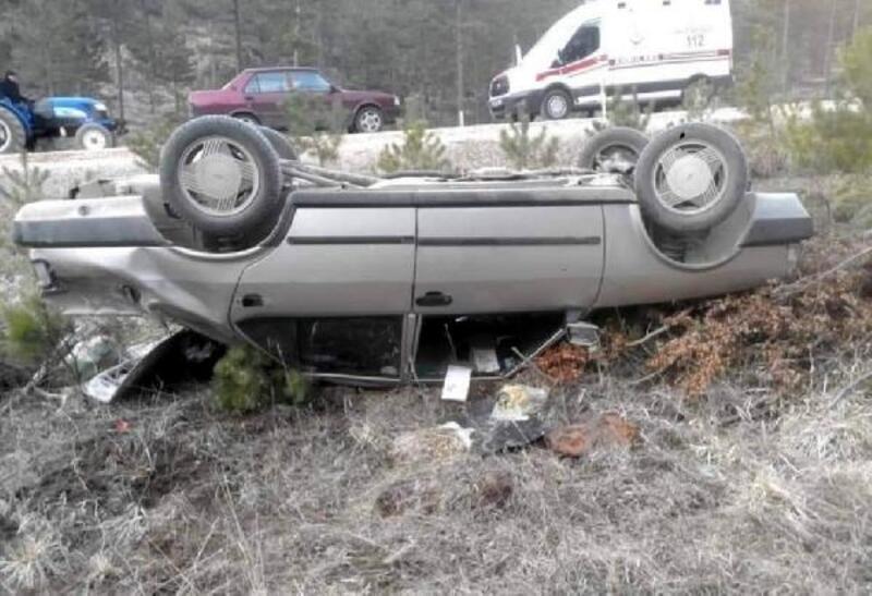 Tavşanlı'da trafik kazası: 3 yaralı