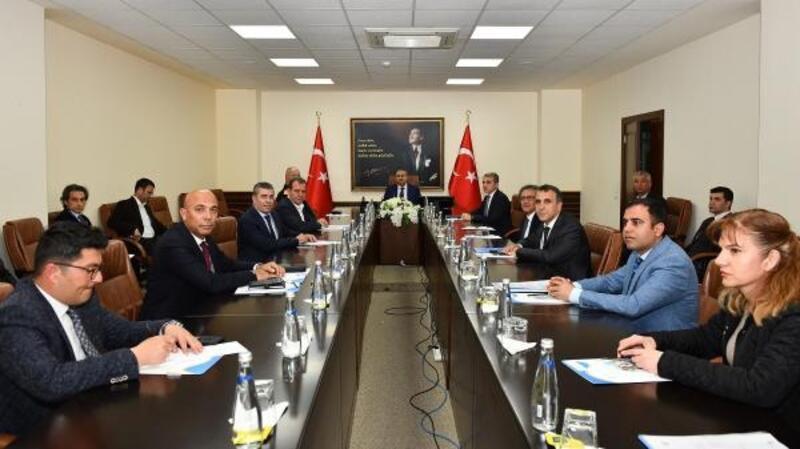 Mersin'de pandemi koordinasyon toplantısı
