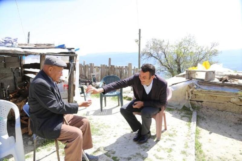Kaş Belediyesi'nden yaşlılara yardım hattı