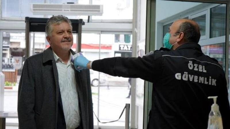 Lüleburgaz Belediyesi'nde 'ateş ölçümü'