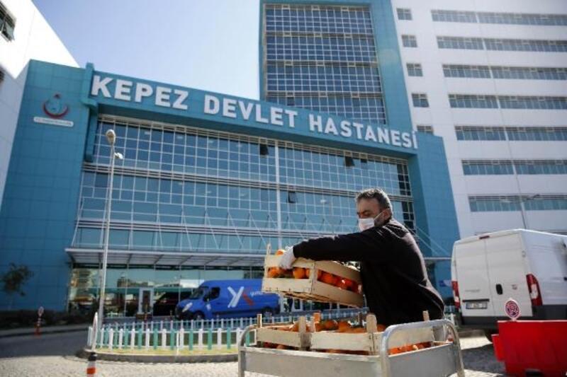 Büyükşehir'den sağlık çalışanlarına yemek desteği