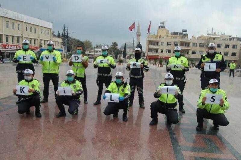 Kilis'te, polislerinden 'evde kal' çağrısı