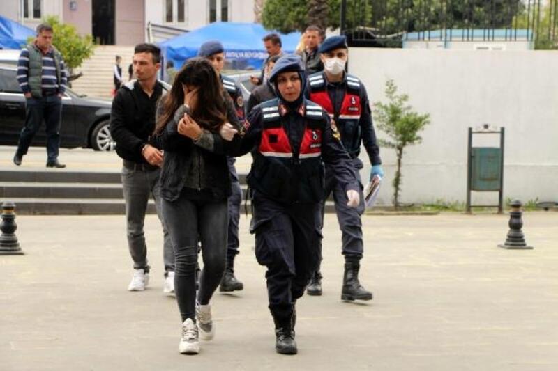Yağma şüphelileri tutuklandı