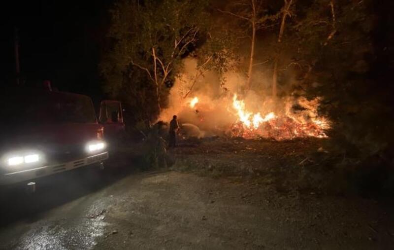 Çıralı'daki yangını gönüllü itfaiyeciler söndürdü