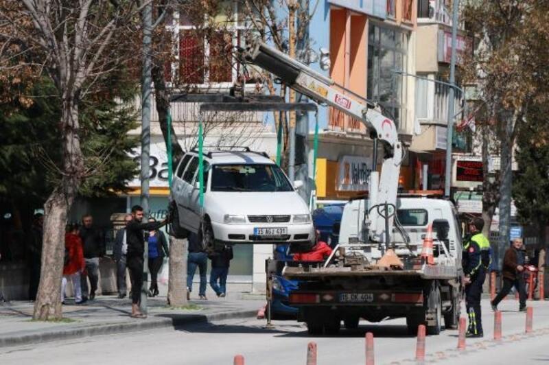 Burdur'da yasağa uymayan araçlara ceza
