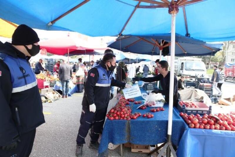 Nilüfer Belediyesi ekipleri pazar yerlerini denetliyor