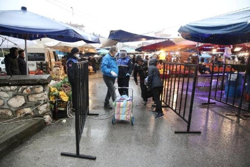 Nilüfer'de pazarlara giriş noktaları kontrol altında