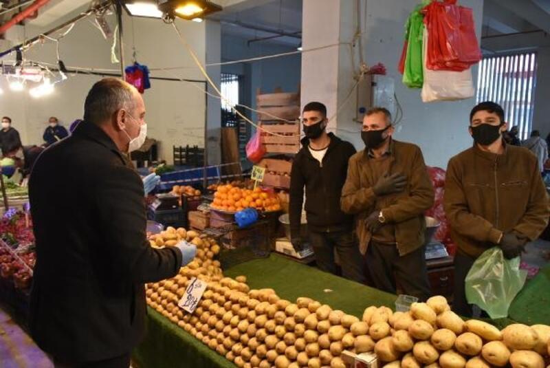Gemlik'te Başkan Sertaslan'dan pazarcı esnafına uyarılar