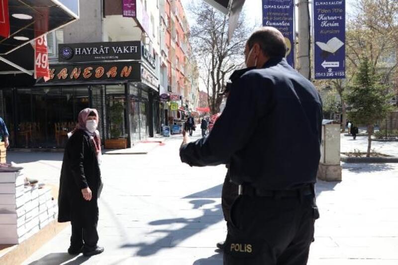 Emniyet Müdürü cadde cadde gezdi, vatandaşları uyardı
