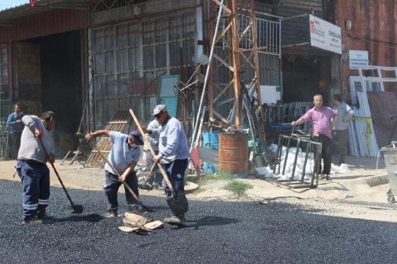 Kozan Küçük Sanayi Sitesi asfaltlanıyor