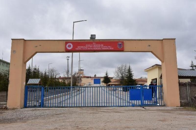 Kırıkkale'de cezaevinden tahliyeler başladı