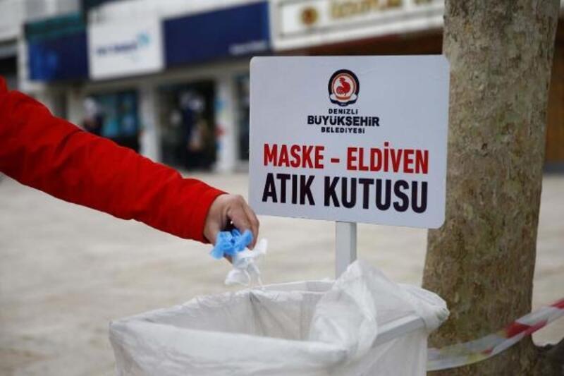 Maske ve eldivenler için atık kutuları yerleştirildi