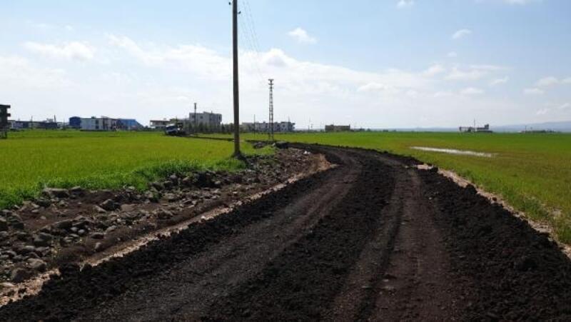 Bağlar'da kırsal mahallelerin yolları yenilendi