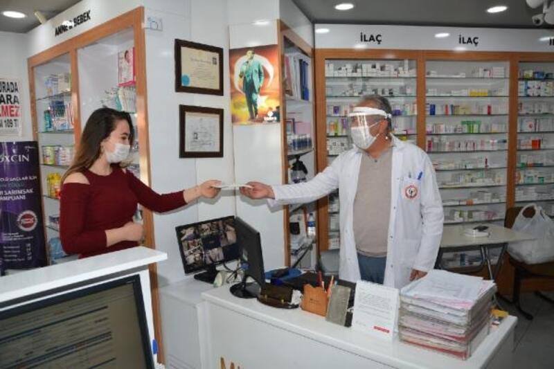 Adana'da 377 bin 500 maske ücretsiz dağıtılacak