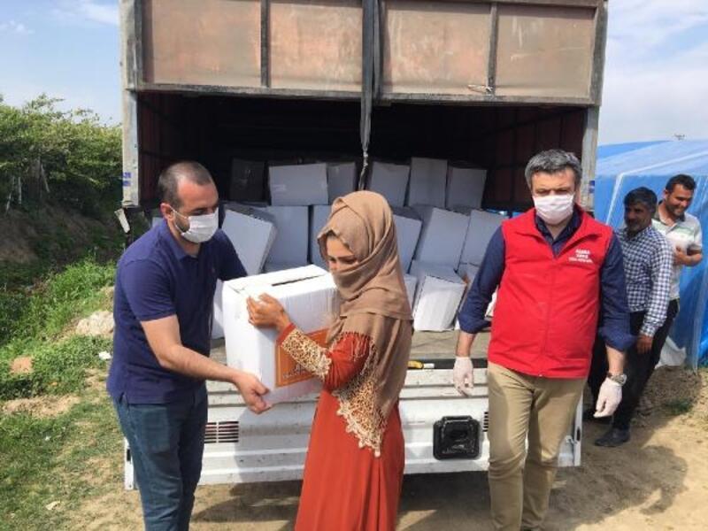 Mevsimlik tarım işçilerine gıda kolisi dağıtıldı