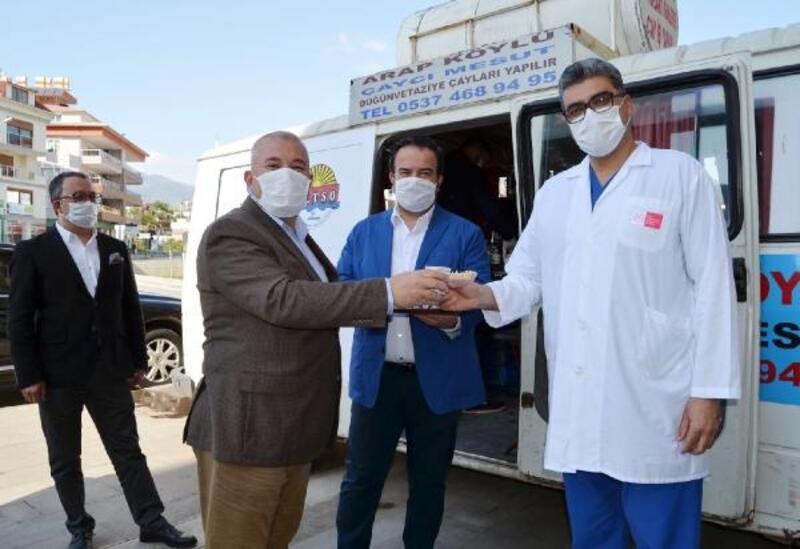 ALKÜ Hastanesi acil önüne ikram aracı kuruldu