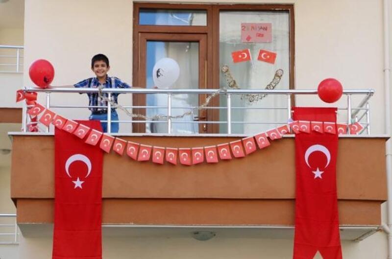 Öğrenciler 23 Nisan'a hazırlanıyor