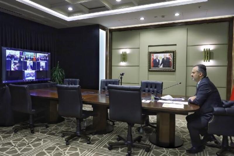 Bursa Büyükşehir Belediye Başkann Aktaş'tan engellilere 'online' moral