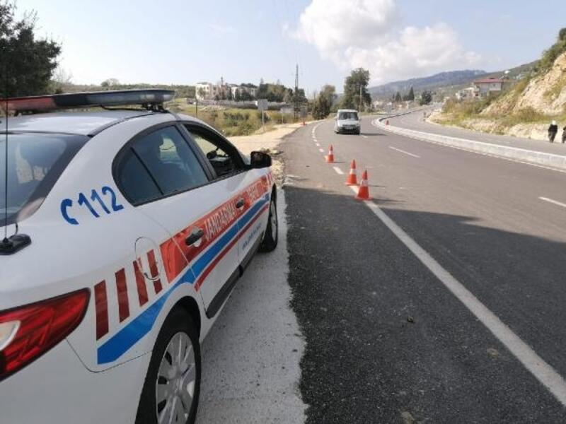 Hız ihlali yapan 214 araca 97 bin TL para cezası kesildi