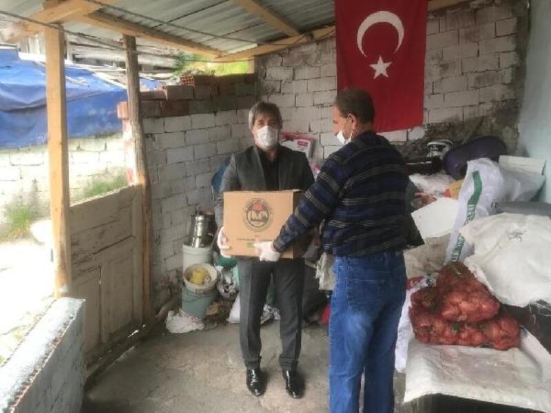 Vakıflar Bölge Müdürlüğü'nden 3 ilde 1251 kişiye yardım
